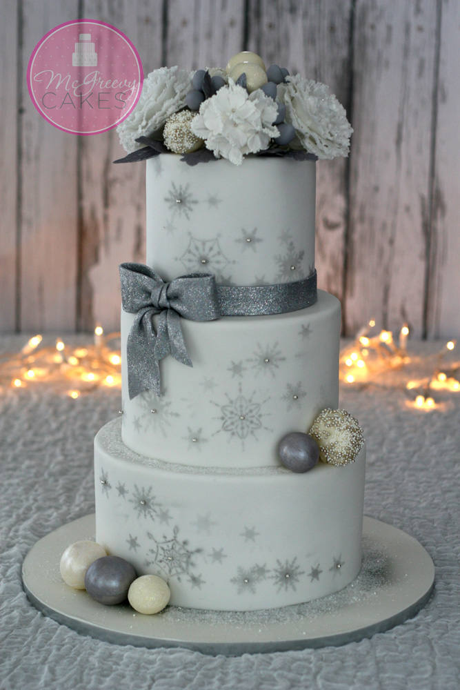 A little Bling Bling, Winter Wedding Cake! - McGreevy Cakes