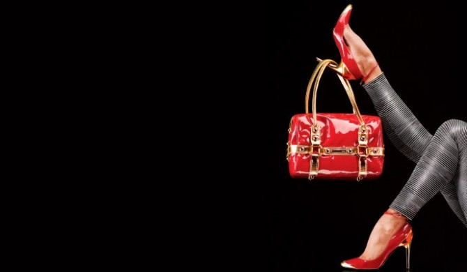 4723_Shoes-and-bags-for-divas-HD-wallpaper