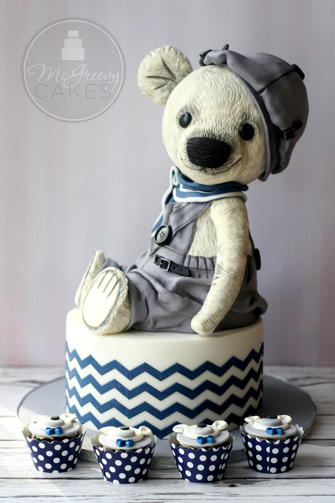 full bear and chevrons cake 1