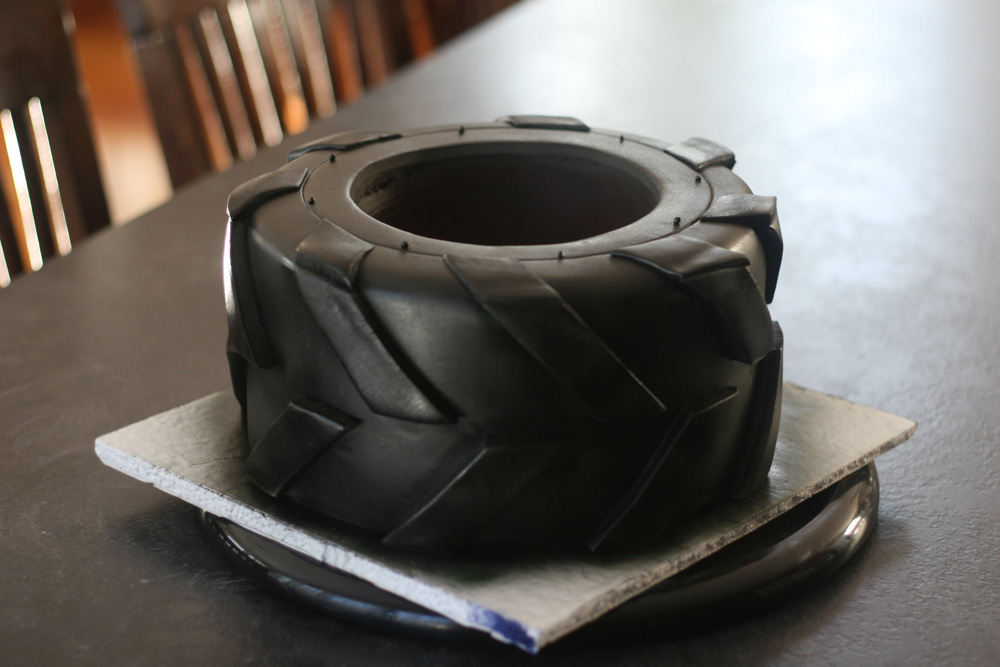 Tractor Tire Cake With A Free Video Tutorial Mcgreevy Cakes
