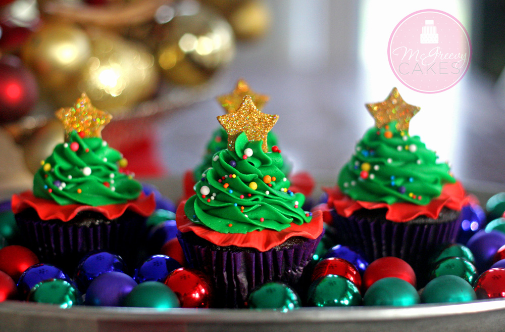 close up tree cupcakes 1