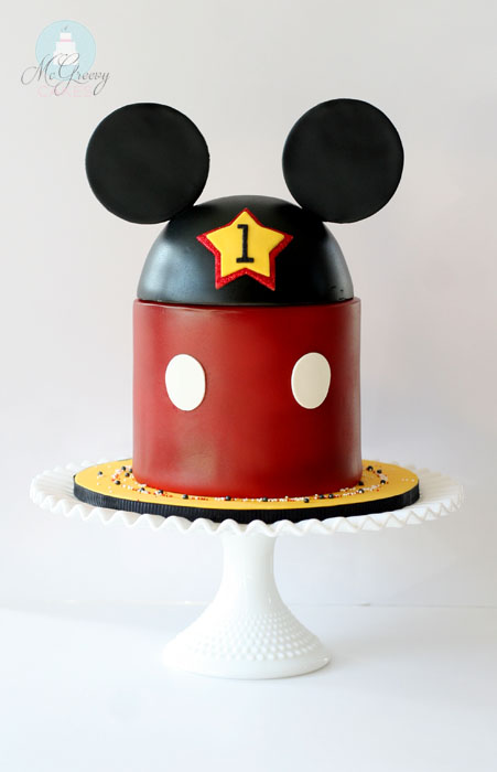Mickey Cake 1 So I Of Course Did What Any Self Respecting Control Freak Would Do And Wrote Back That Could Definitely Make The Design She Was Looking