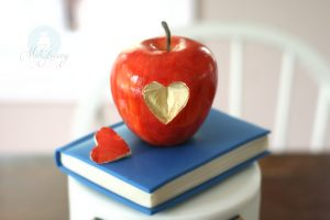 A Teacher Cake… For a Toucher of Lives