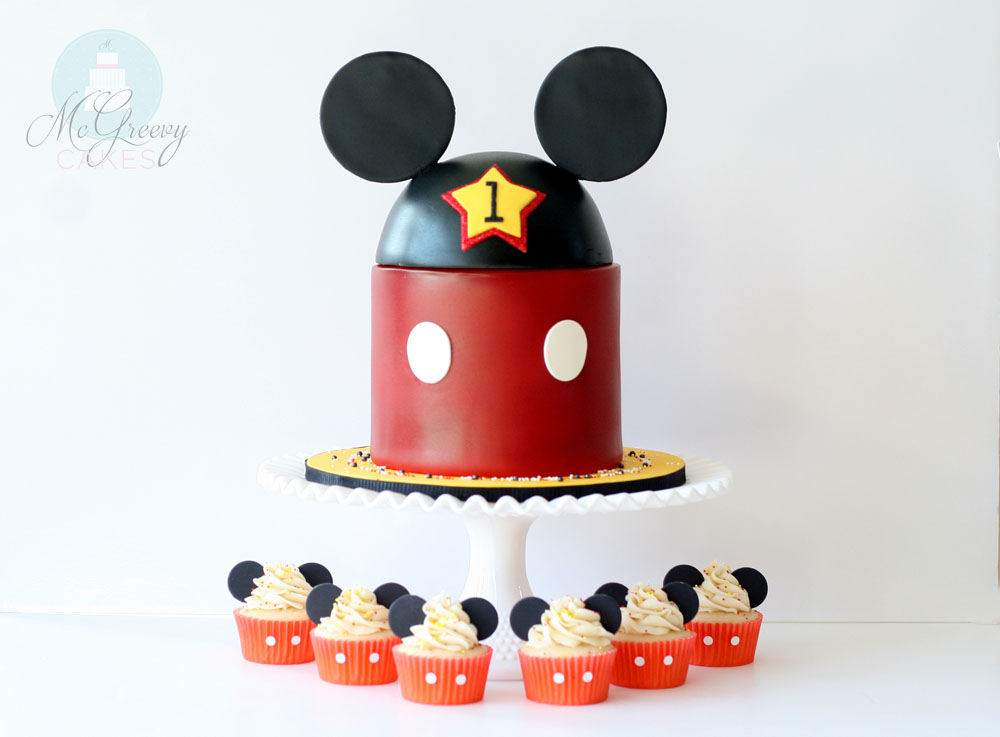 Mickey And Cupcakes Wide 1