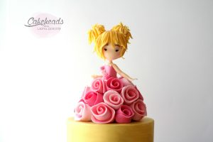 Quick & Easy Figure, Golden Finish & Rolled Roses Cake