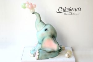 Structured Elephant Cake & Blowing Sugar Bubbles!